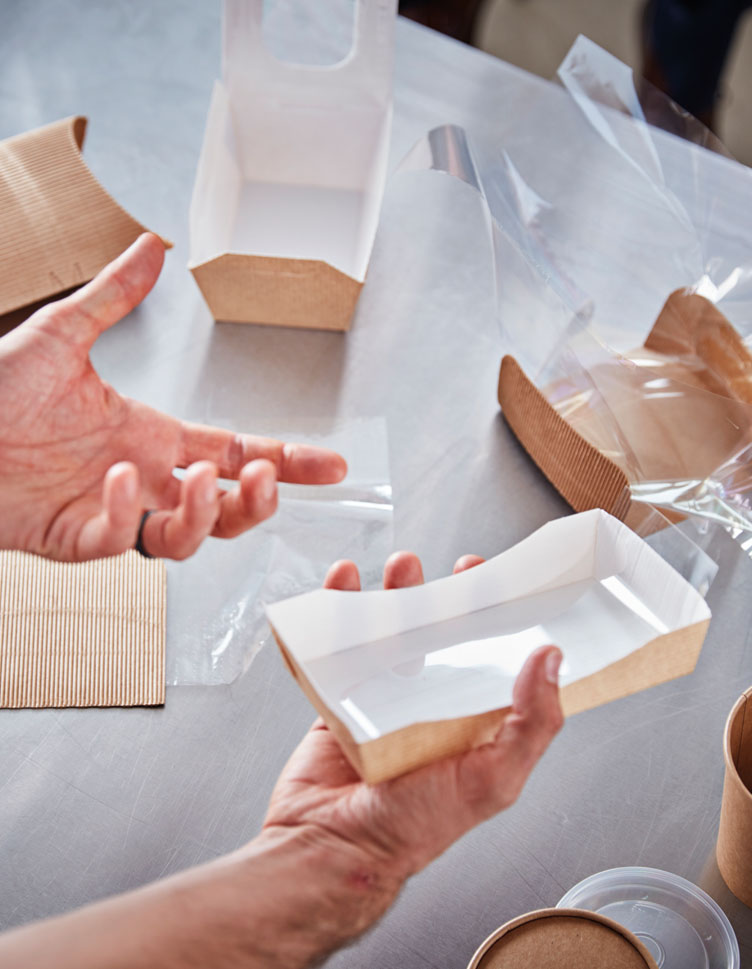 Packaging used to create the right micro-climate for foods during hot-holding