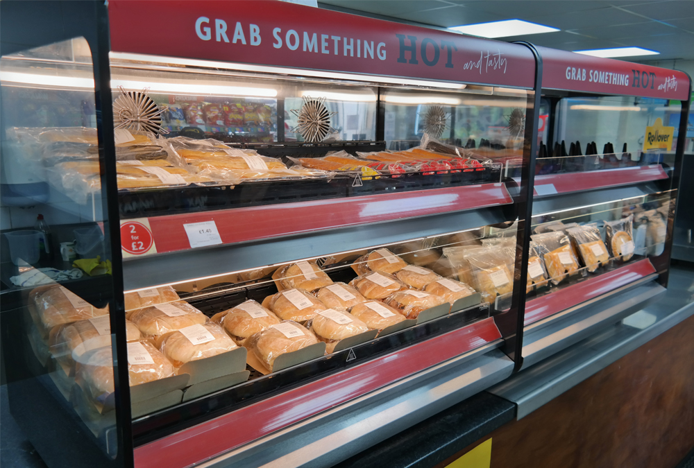 Wardle's hot-holding solution, a Flexeserve Zone 2 Tier - Countertop, Model 1000, hot food-to-go unit at Wardle Service Station