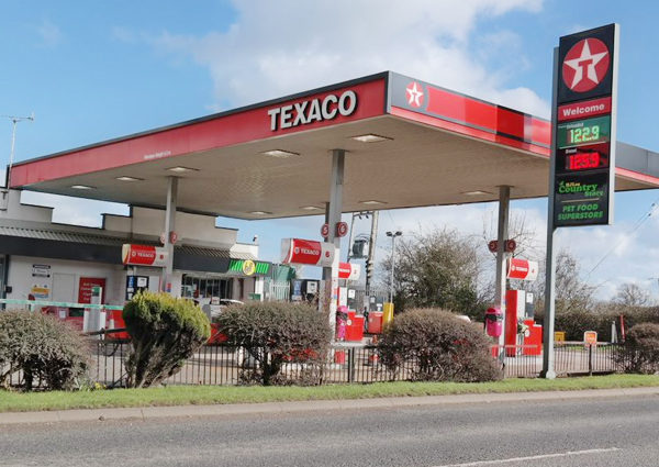 External of Wardle Service Station that uses Flexeserve heated display units for its hot food-to-go offering
